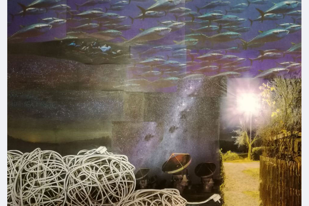 Myrah Adams: Nächtliche Lichtzeichen, Collage, 70x50 cm