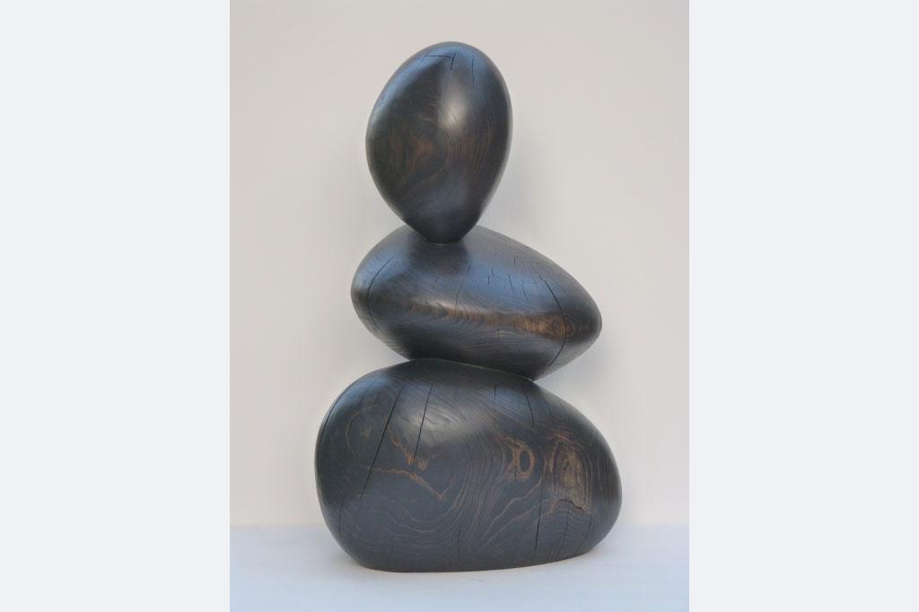 """Wiebke Bader, """"Drei runde Formen"""", Fichte, 56 x 95 x 37 cm"""