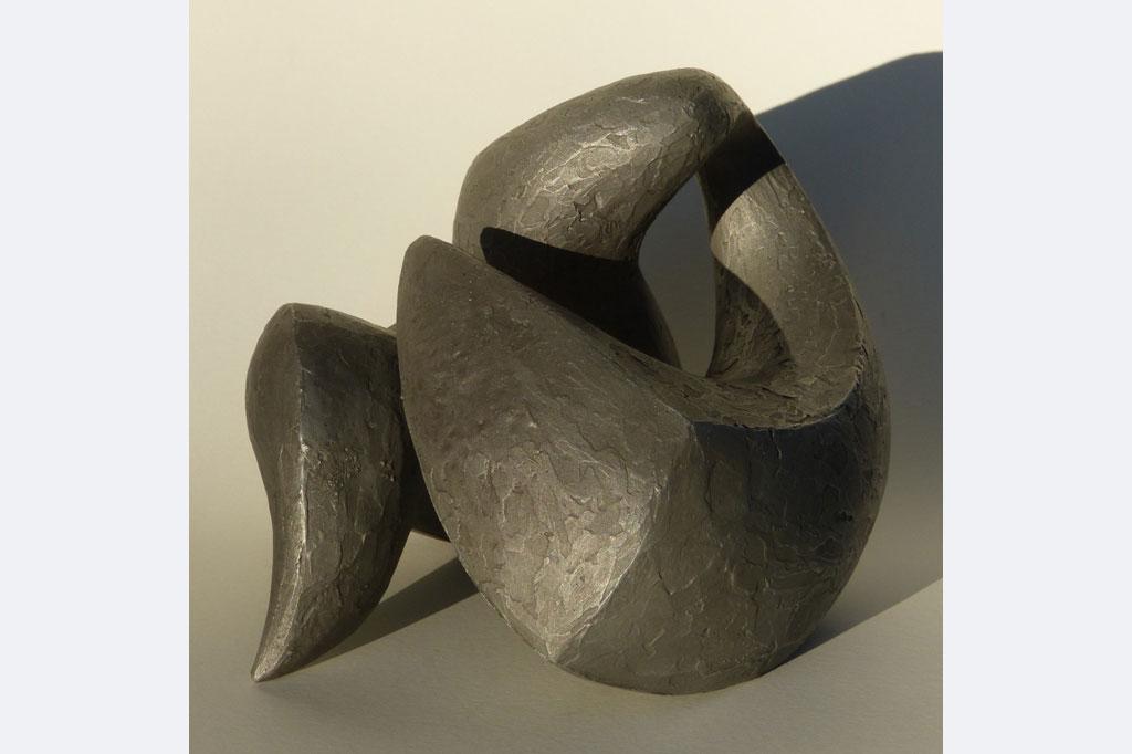 "Wiebke Bader, ""Tanz"", Aluminium, 19 x 15 x 18 cm"