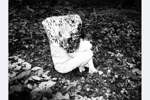 Alexandra Gebhart, gutes Versteck sw Fotografie auf sw Fotopapier 50 x 60